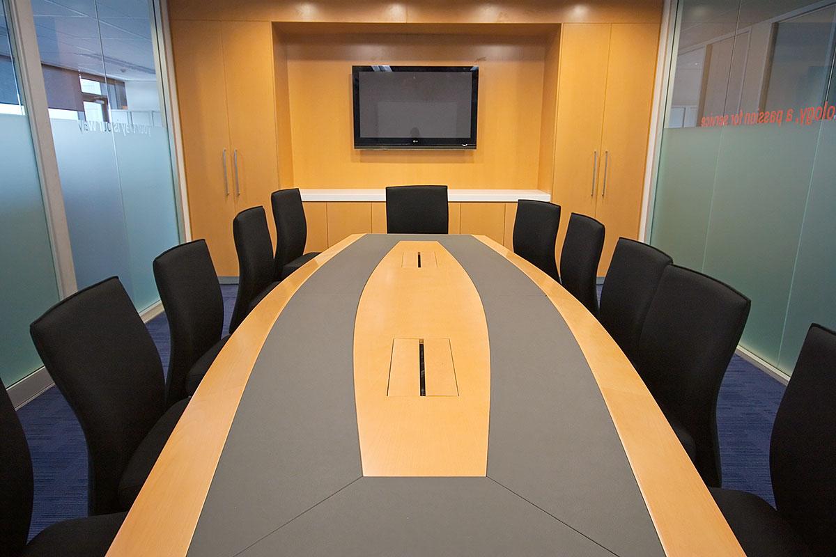 Hyundai melbourne case study build an office fitout in a for Interior design recruitment agencies melbourne